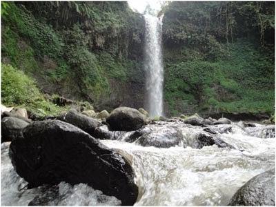 tempat wisata Air Terjun Coban Waru pasuruan jawa timur