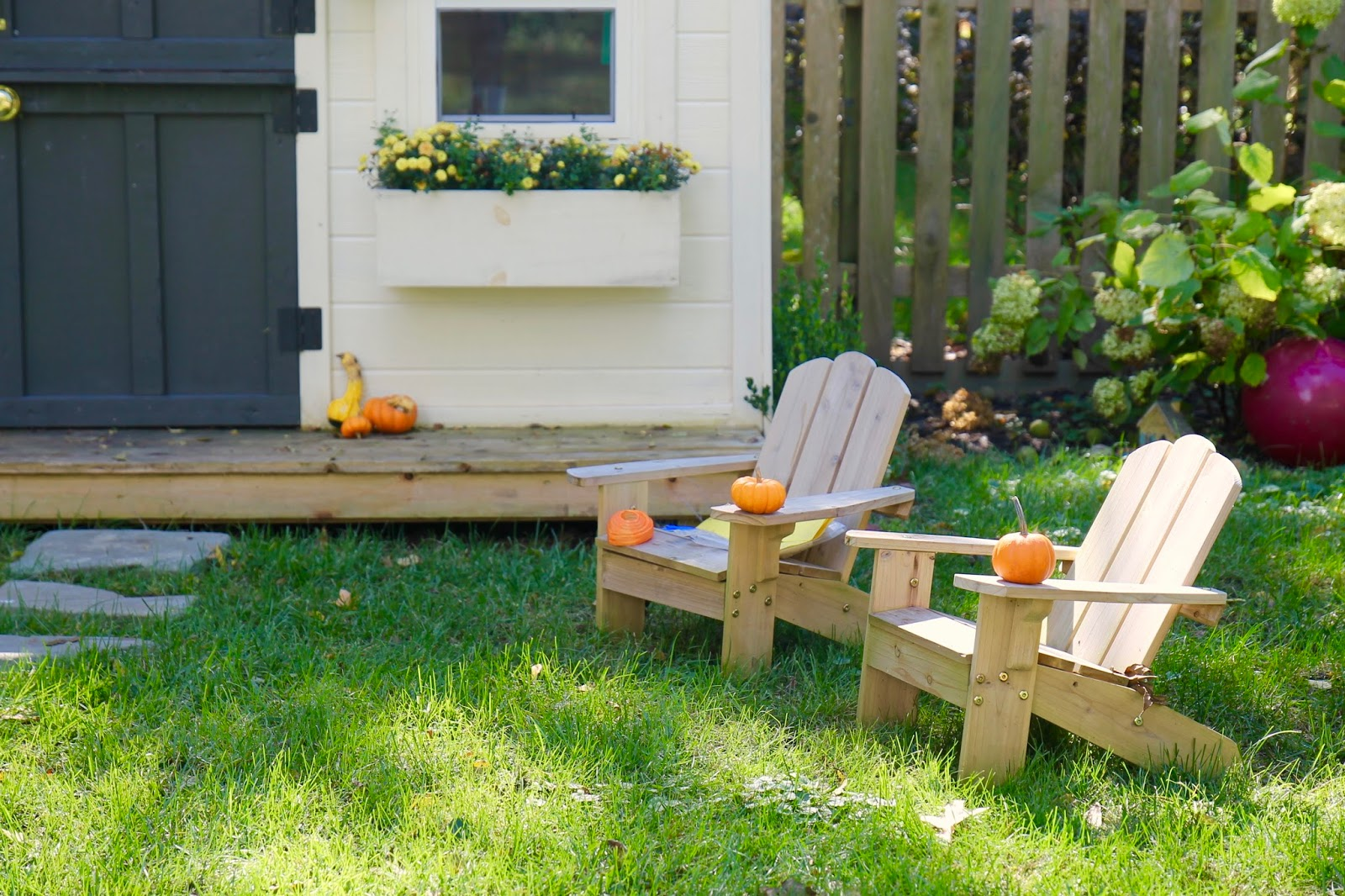 home depot rent a miter saw with We Built Playhouse Diy Workbook Photos on Yellow Trash Bags moreover 172515 furthermore Table Saw Rental Lowes Home Furnitures moreover Home Remedy For Ants in addition Diy Pine Table.