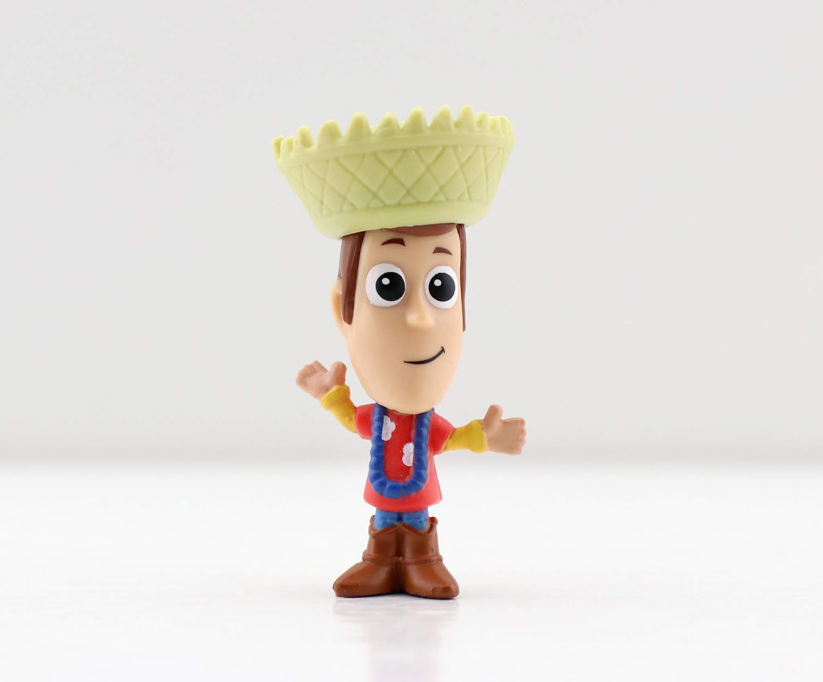 toy story minis series 6 blind bags hawaiian vacation woody