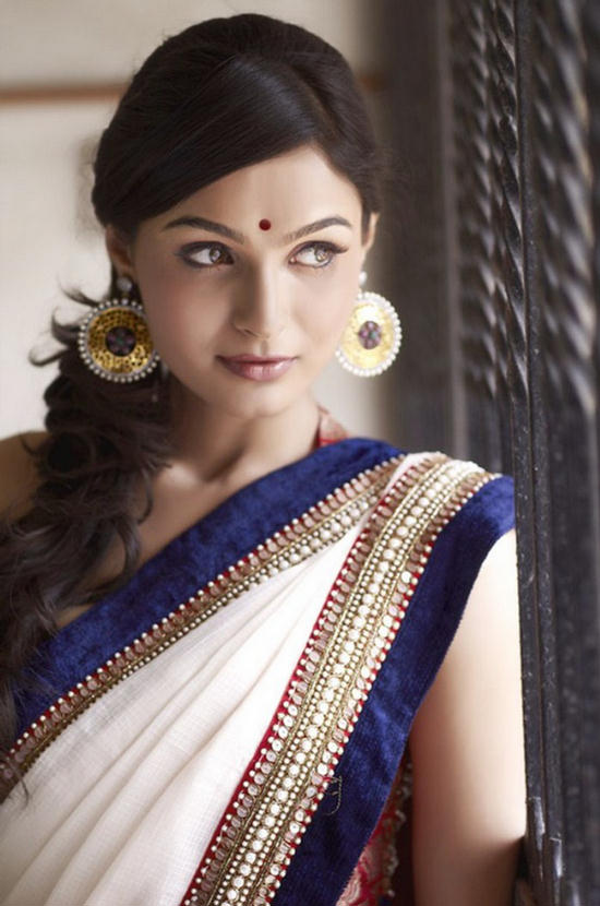 Beauty Exciting Trends Andrea Jeremiah Cute Saree Photoshoot