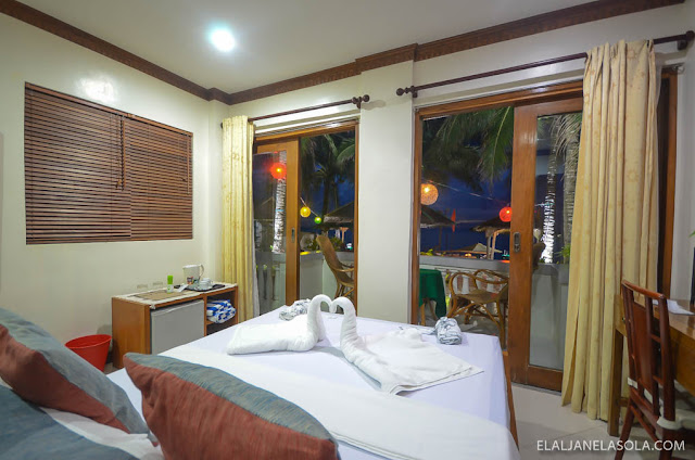 Romblon | The Beach House, Carabao Island