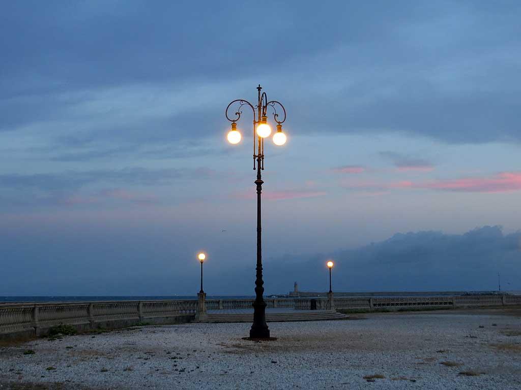 Livorno Daily Photo: Terrazza Mascagni at Dawn
