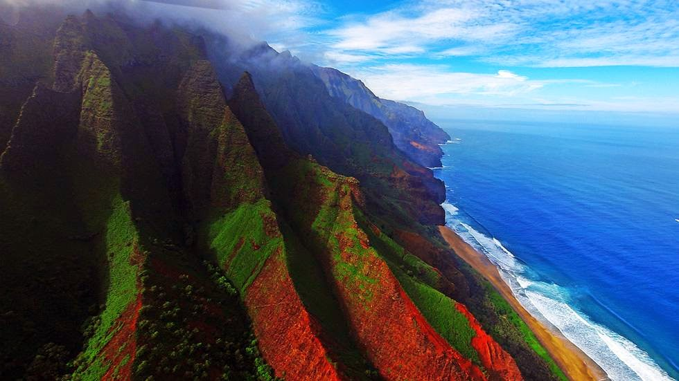 4. Kauai, Hawaii - 50 Stunning Aerials That Will Make You See the World in New Ways (PHOTOS)