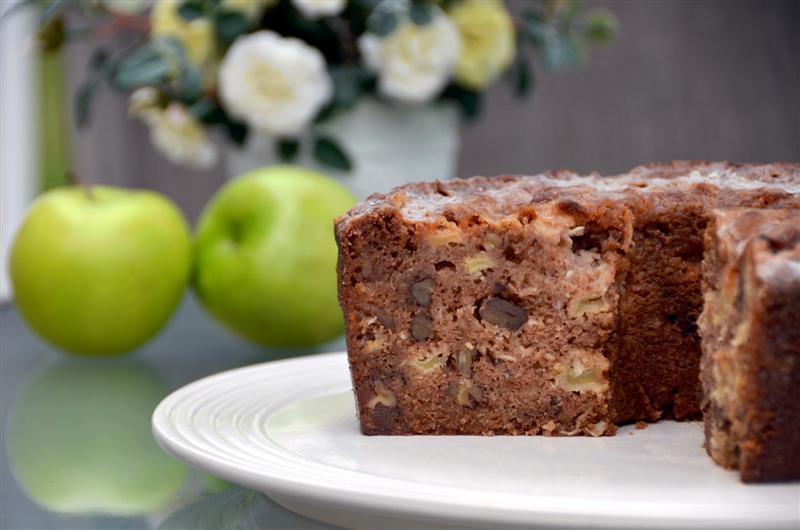Paula Deen Apple Cake