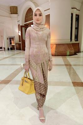 hijab syar'i lebaran 2018 hijab segitiga lebaran