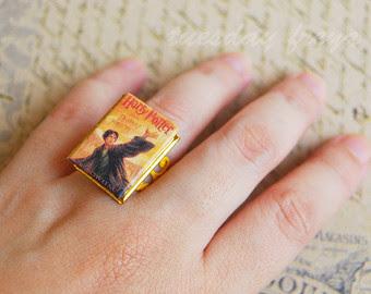 ring 2 - 10 Anéis para apaixonadas por livros