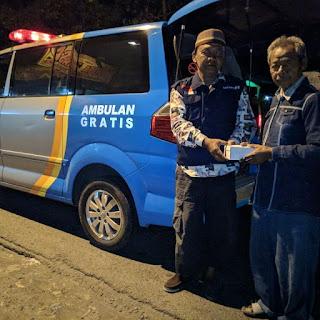 Ambulans Gratis Solopeduli bersama IOF Rescue Solo Bagikan 300 Paket Sahur