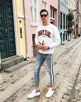 look masculino com calça listra lateral vertical tendencia verão 2019