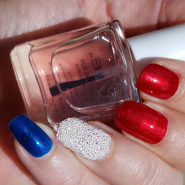 4th-of-july-nail-art-3d