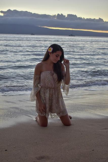 Hello Molly, Play suit, Hawaii
