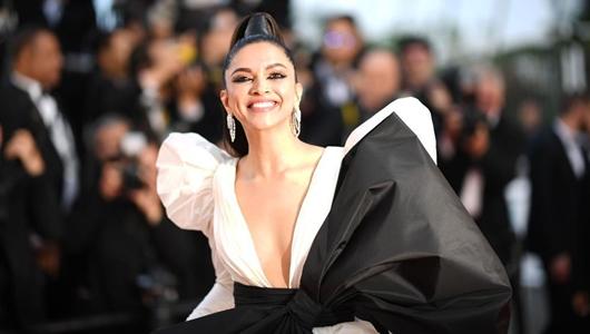Usai Tampil di Red Carpet Cannes 2019, Deepika Padukone Kena Omel Ibunda