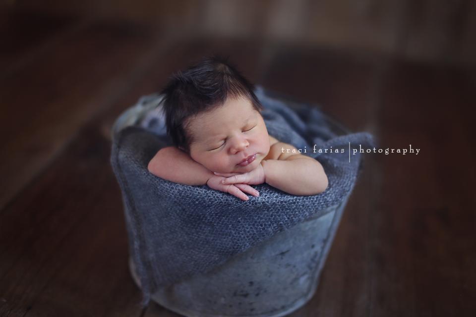 Traci farias newborn photographer visalia tulare central valley photographer
