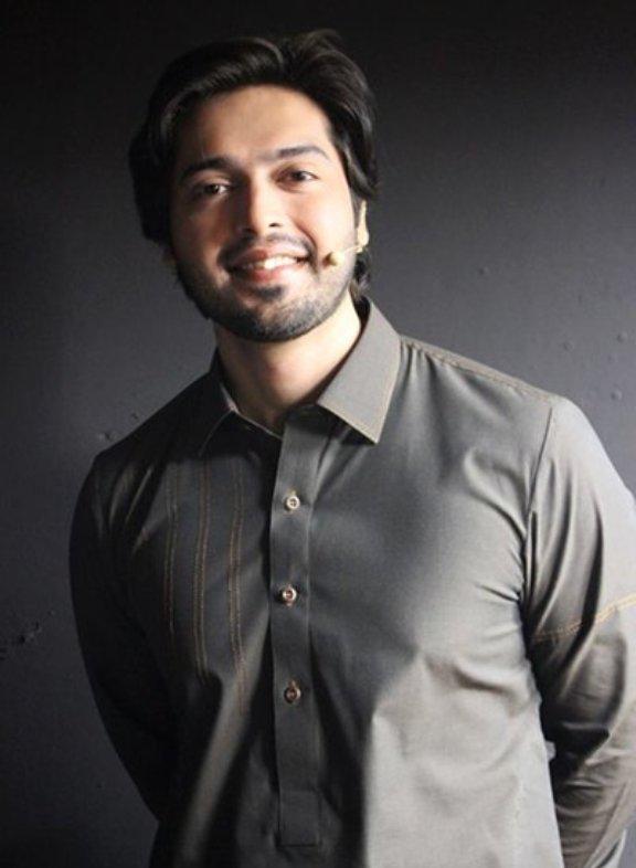 Fahad Mustafa Pakistani Television Star HD Wallpaper Photo Images