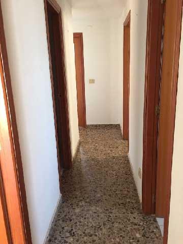 apartamento en venta av ferrandis salvador benicasim pasillo