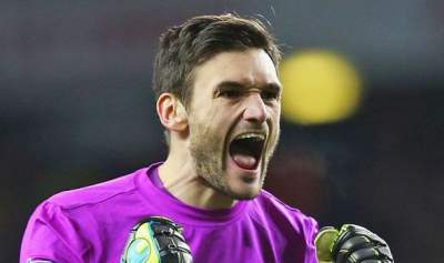 Lloris happy at Spurs