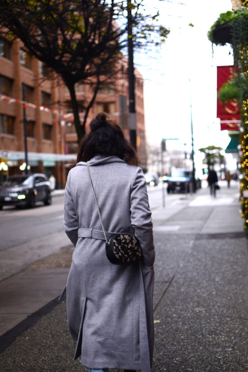 Le Chateau wool robe coat vancouver fashion blogger levi's 501 ct jeans cute winter outfit idea