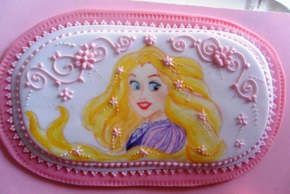 abbastanza CaramelliAMO: Torta di compleanno con Rapunzel EE87