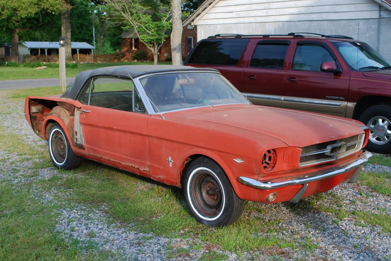 virginia classic mustang blog 1964 1 2 mustang convertible for sale. Black Bedroom Furniture Sets. Home Design Ideas