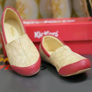 Kickers Flat shoes slip on
