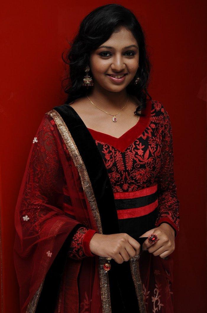Actress Lakshmi Menon cute photos stills Gallery ...
