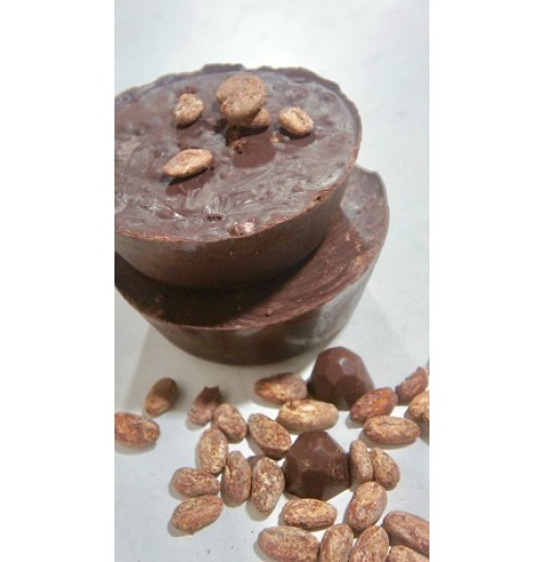 2a054e0ab8c Hence it is the preferred chocolate for baking, tempering and enrobing  truffles, bonbons, and other fine candies.