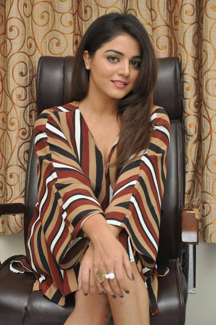Wamiqa Gabbi Stills At Bhale Manchi Roju Movie Interview