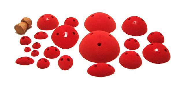 plastick-climbing-holds-dots