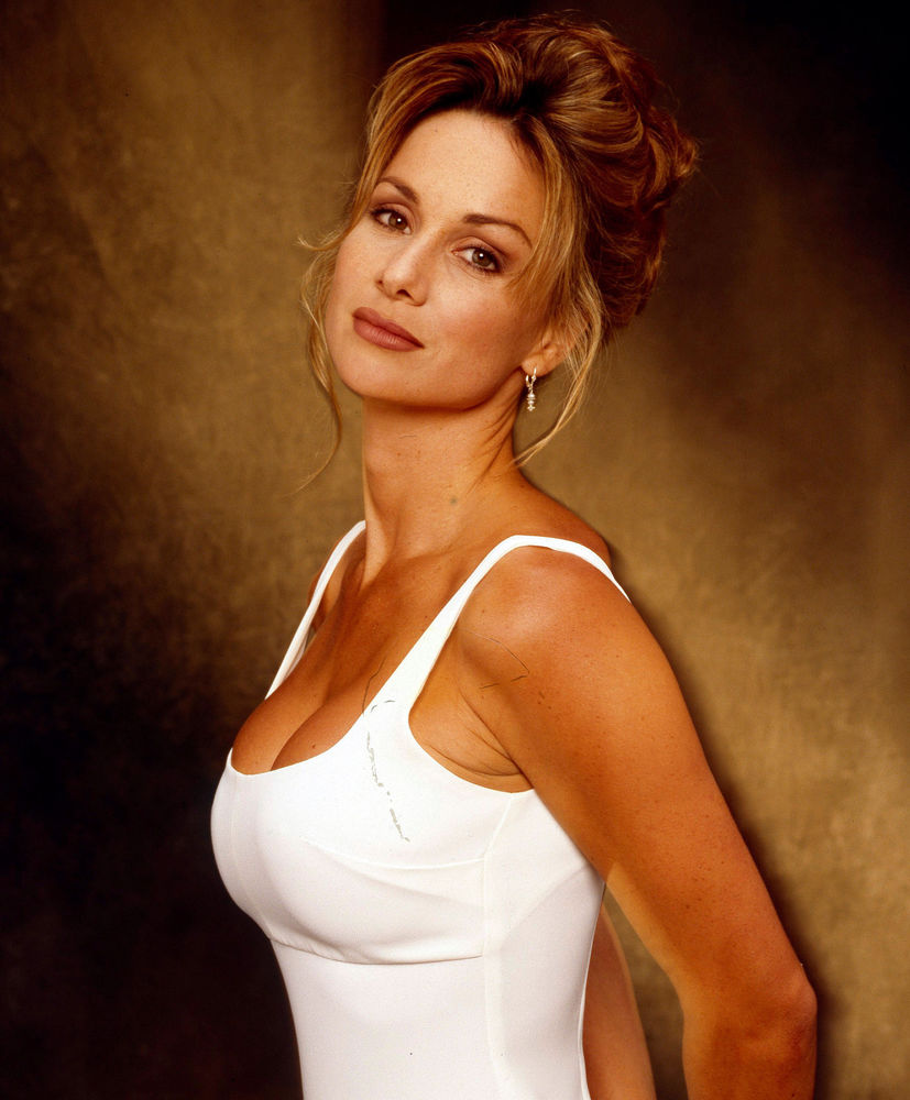 A slice of cheesecake stunning debbe dunning for Wallpaper home improvement