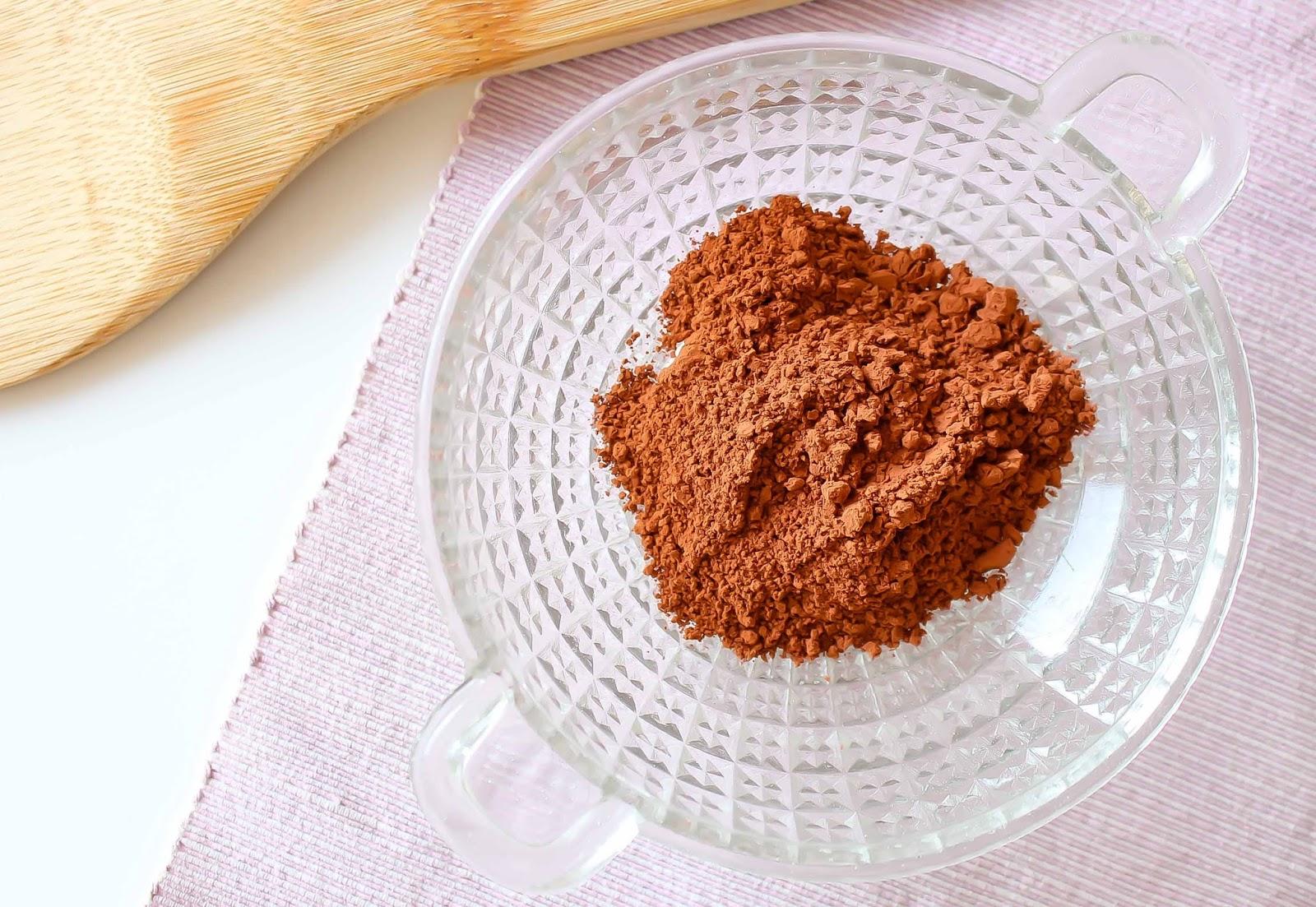 recette masque argile rouge fait maison contre les cicatrices et bonn-mine peaux ternes