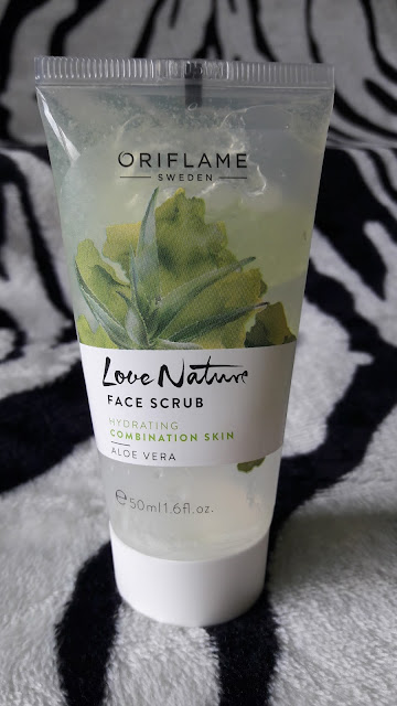 Oriflame Scrub do twarzy love nature z aloesem