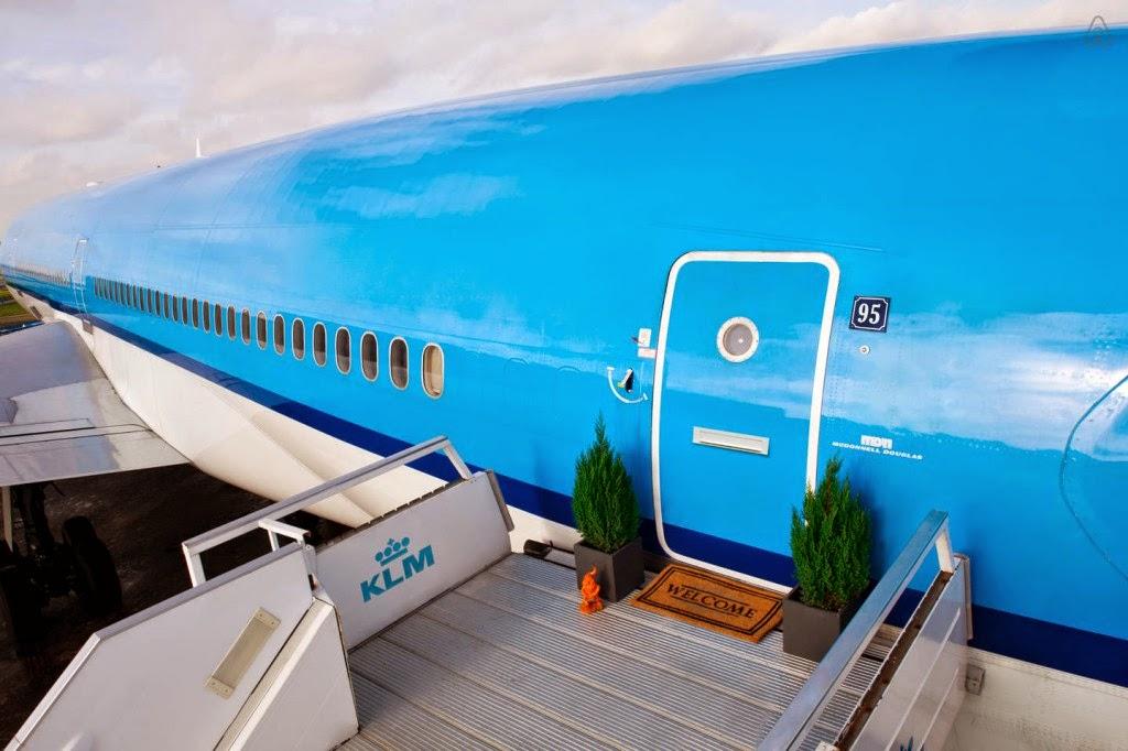 Hotel en un avion