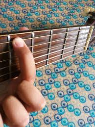 Cara Menyetem Gitar Dengan Menyamakan Suara