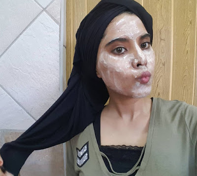 diy, skincare, mask, botox, beauty, beauty blog, beauty blogger, mask, facial, diy mask, diy facial, botox mask, botox facial, diy botox mask, diy botox facial, diy skincare, home-made, home-made mask, pamper time, me time, carrots, sour cream, corn starch, diy blogger, diy blog, hijabi, selfie, hijabi blogger, hijab selfie, no filter selfie, blogger selfie, beauty blogger selfie, skincare selfie