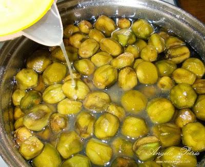 Preparare sirop de nuci - etapa 4