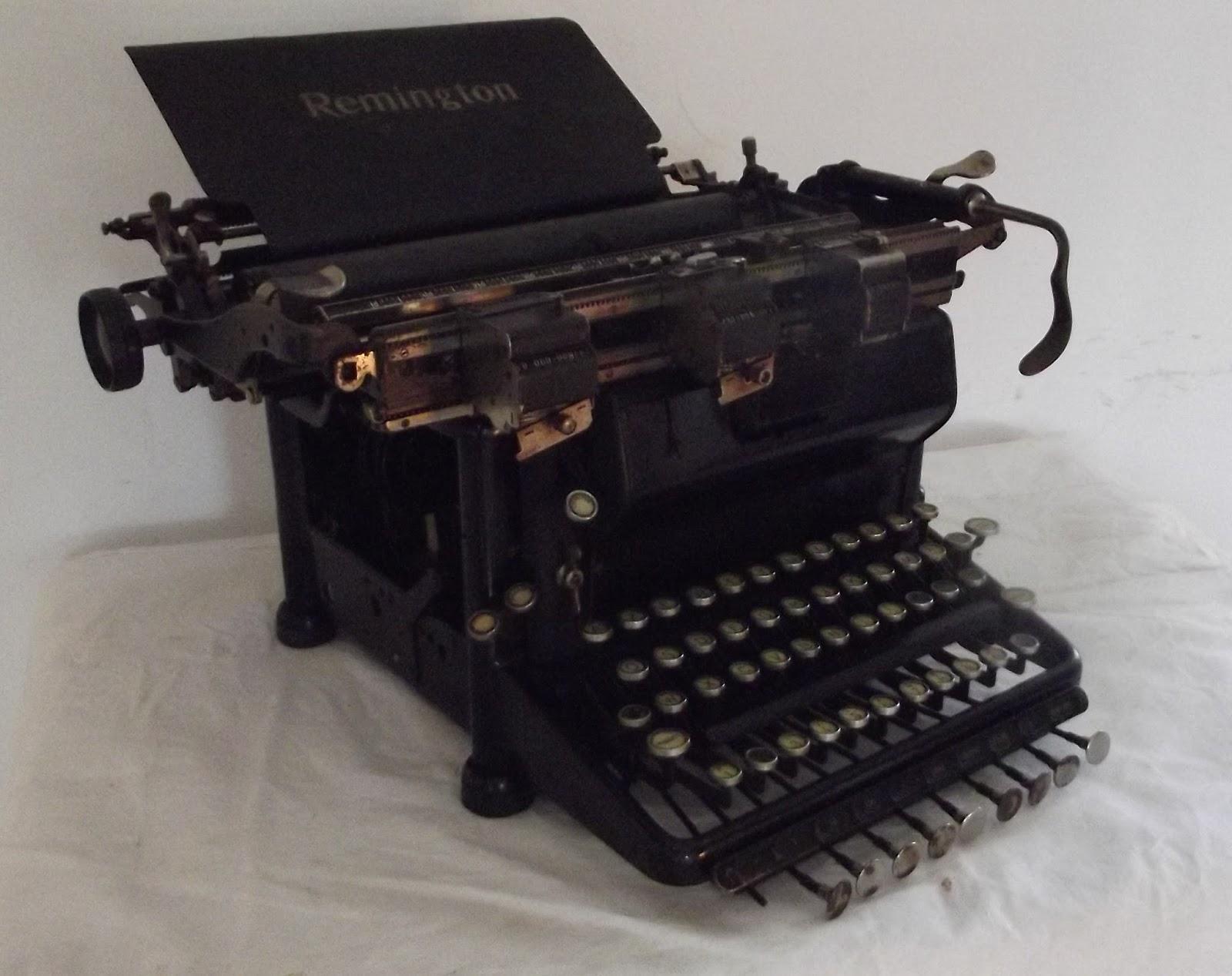 machine a crire remington touches tabulation d cimales ancien decimal. Black Bedroom Furniture Sets. Home Design Ideas