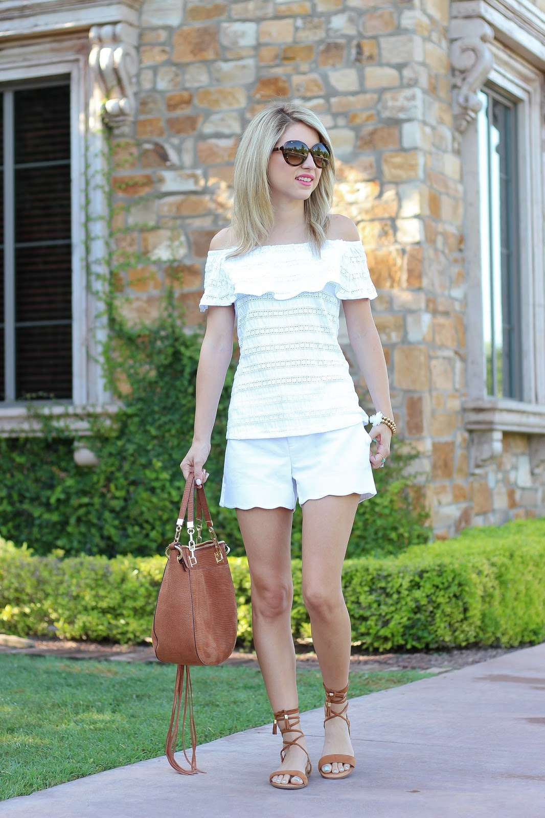 summer fashion, all white outfit, scalloped shorts