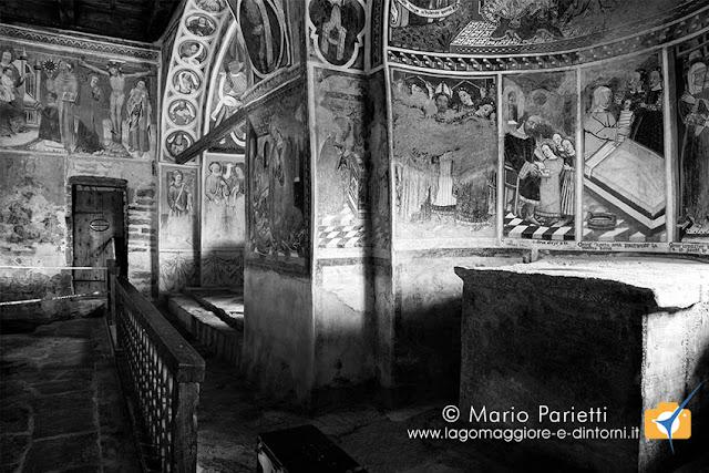 San Carlo a Negrentino, due absidi in bianco e nero