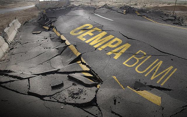 Pagi Ini Diguncang Gempa, Warga Lombok Berhamburan ke Jalan