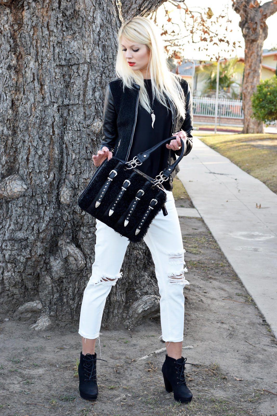 nicole lee, nicole lee purse, purse, fluffy purse, black and white, bw look, new year