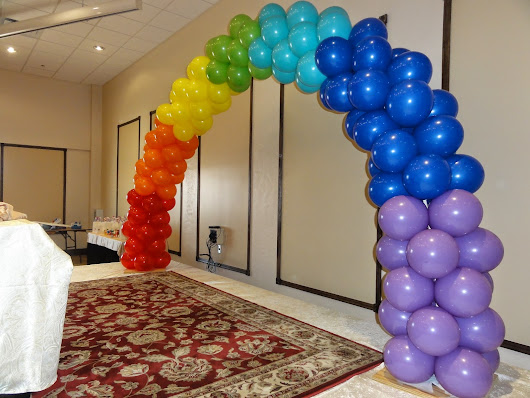 ballon party in banquet hall