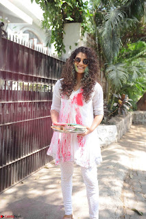 TV Show Celebs and Bollywood Celebrities at Zoom Holi Celetion 2017.JPG
