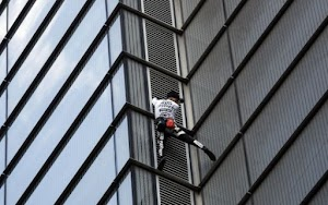 VERY RISKY!  Real Human 'Spiderman' Climbs Massive 662ft Tower (Photos)