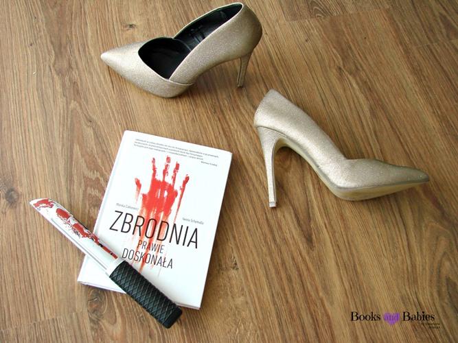 książka o morderstwie, złote szpilki