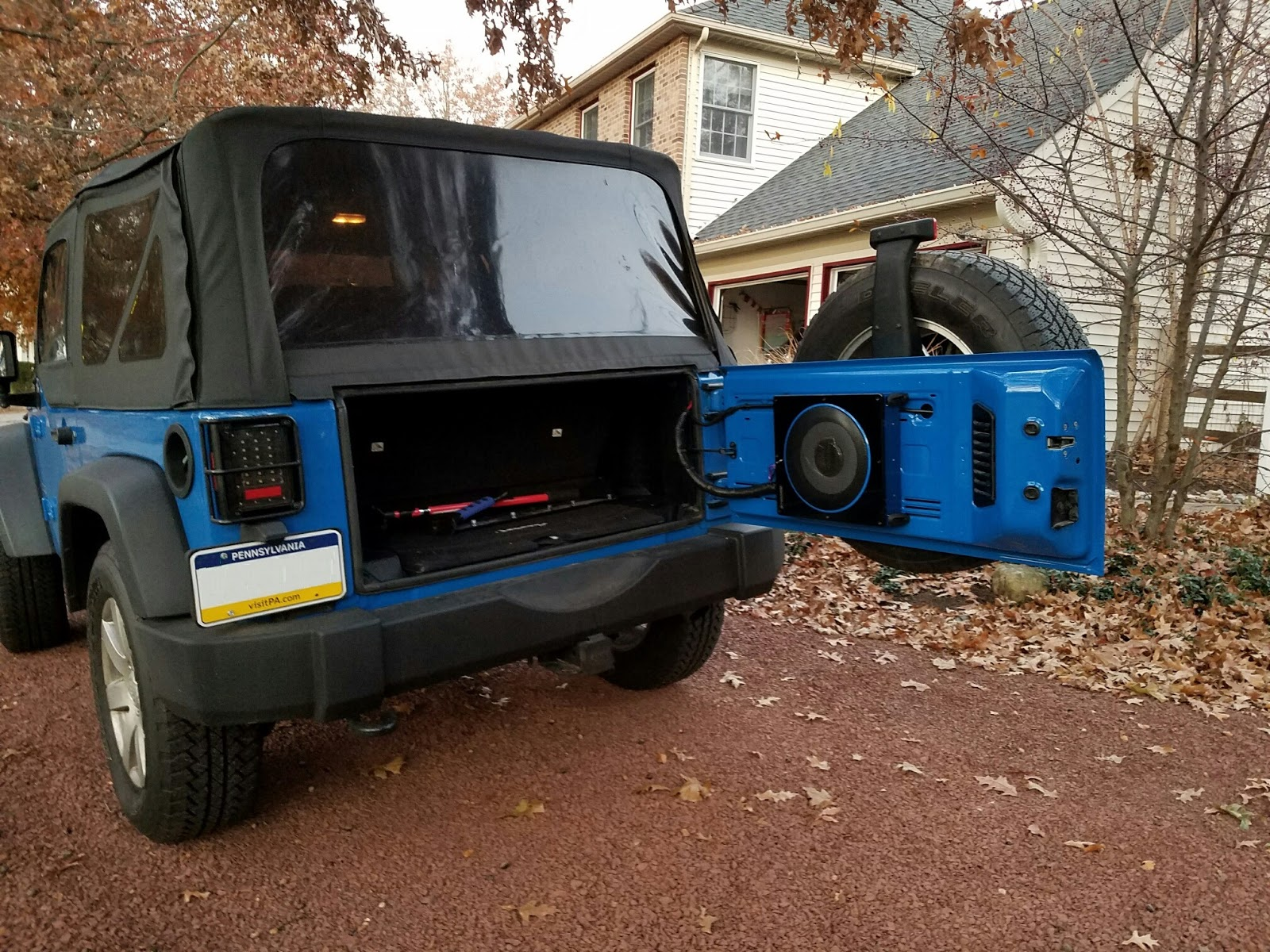 I was looking for a way to add some inexpensive bass to a 2 door jeep  wrangler JK without sacrificing the already tiny jeep trunk space.