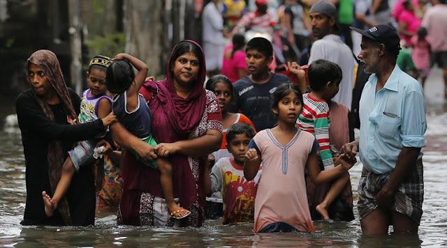 500,000 evacuated as Cyclone Roanu smashes into Bangladesh Sri-lanka1