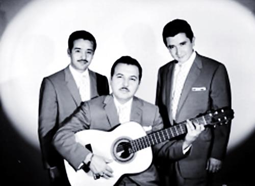 Lyrics de Trio Los Duendes