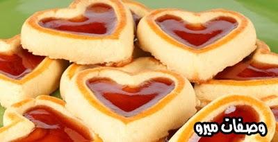 أحلى كيك قلوب عيد الحب بالفراولة والشيكولاتة