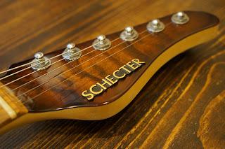 SCHECTER EX-3-CTM-VTR-CS