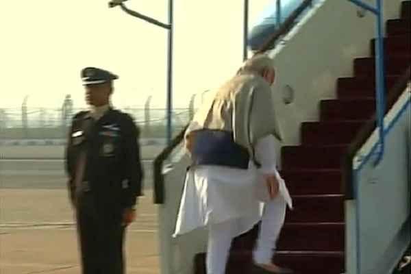 कुछ ही देर में चेन्नई पहुंचेंगे PM MODI, जयललिता को देंगे श्रद्धांजलि