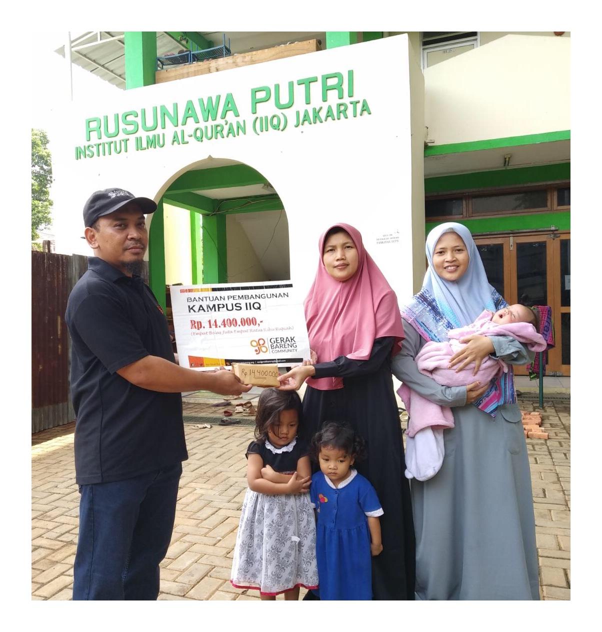 Penyaluran Bantuan Untuk Asrama Putri Institut Ilmu Qur'an Yang Mengalami Kebakaran